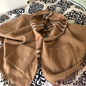 Burberry reversible shawl